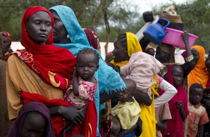 Женщины и дети Судана