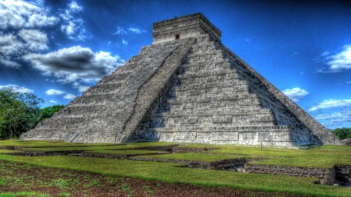 Пирамиды майя в Мексике