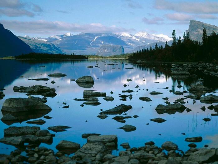 Горы и реки Швеции