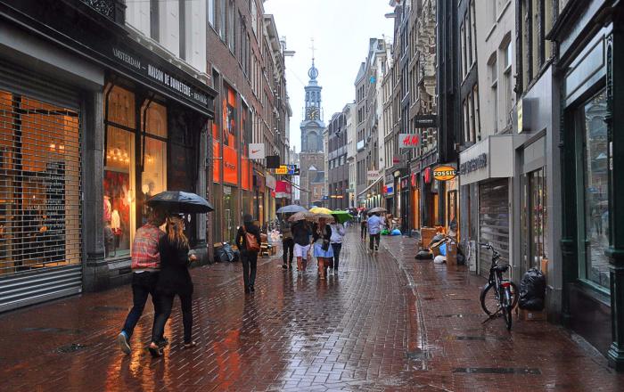 Дождь в Амстердаме
