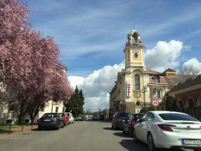 Улица небольшого венгерского города