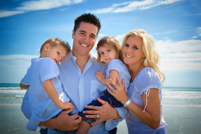 Американская семья на море