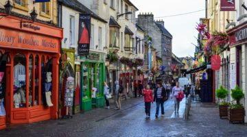 Что требуется русскоязычным иностранцамдля легального трудоустройства в Ирландии?