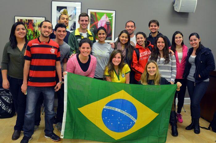 Студенты Бразилии