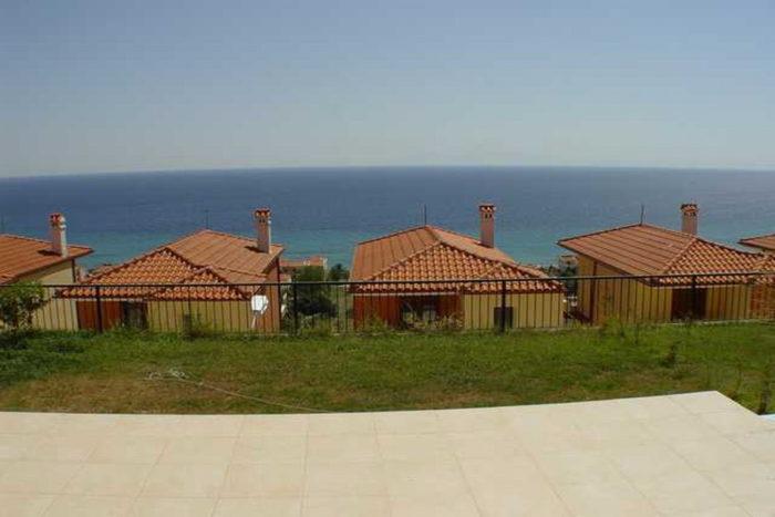 Коттеджный поселок в Греции