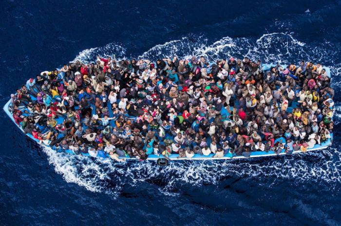 Беженцы стремятся в Англию