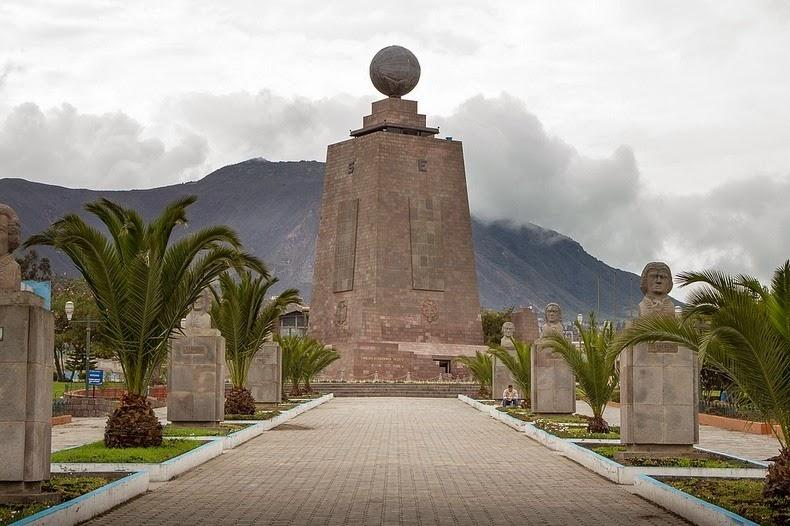 Эквадор думает о поиске посредников для решения вопроса с