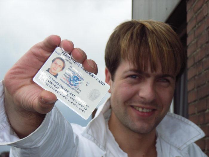 Счастливый обладатель Green Card