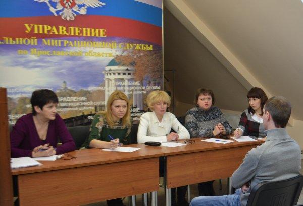 Гражданство России для носителей русского языка: закон, основания, документы, порядок получения