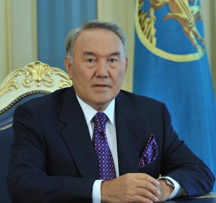 Президент Республики Казахстан Нурсултан Назарбаев — бессменый лидер страны с 1990 г
