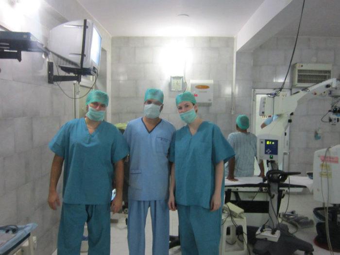 Стажировка в Индии профессиональных хирургов-офтальмологов