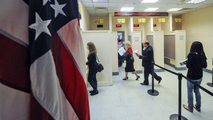 Заявитель направляется на интервью в посольство США