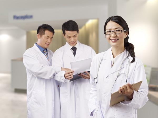 Корейские врачи