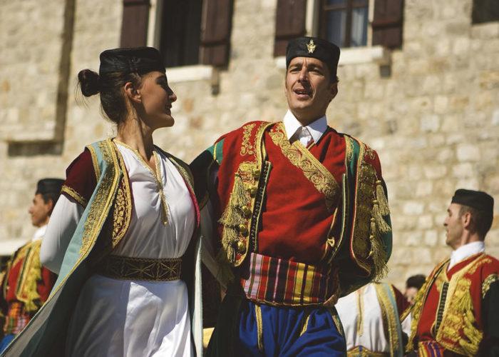 Черногорские танцоры