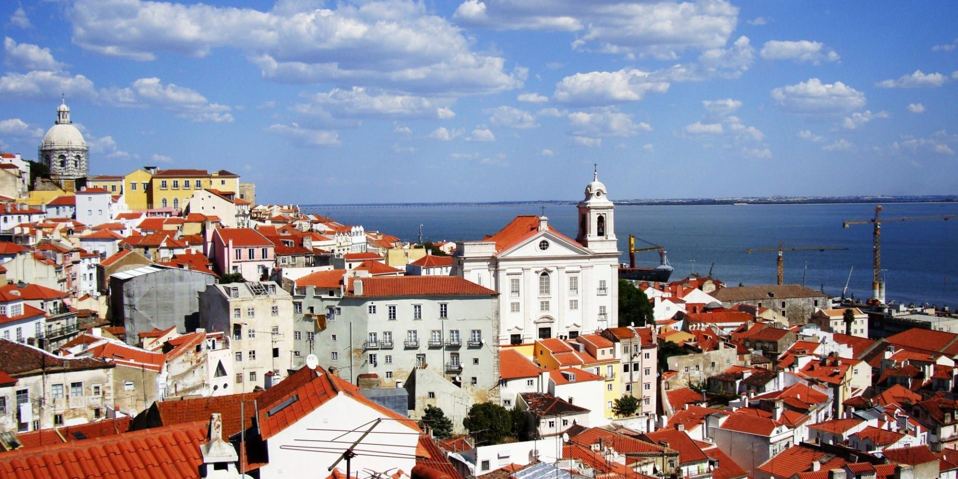 Как уехать на пмж в португалию из россии