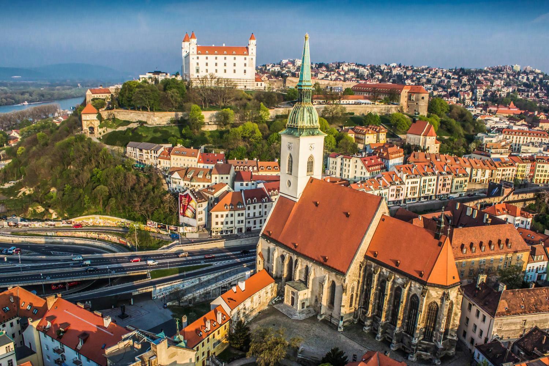 Учеба в словакии для россиян ютуб матч россия словакия финал