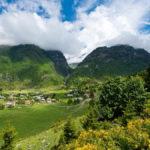 Зелёные норвежские долины летом