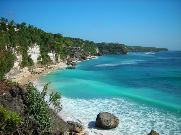 Море на острове Бали
