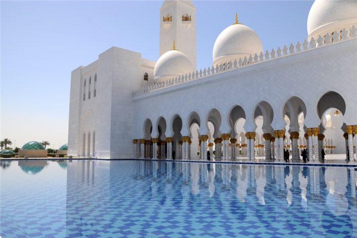 Мечеть в Эмиратах