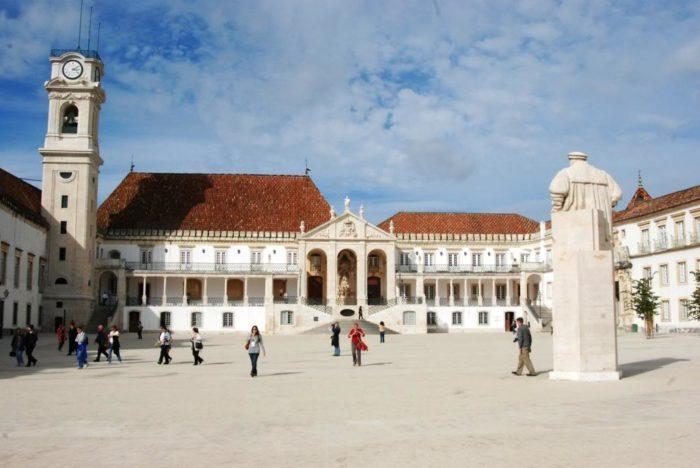 Коимбрский университет