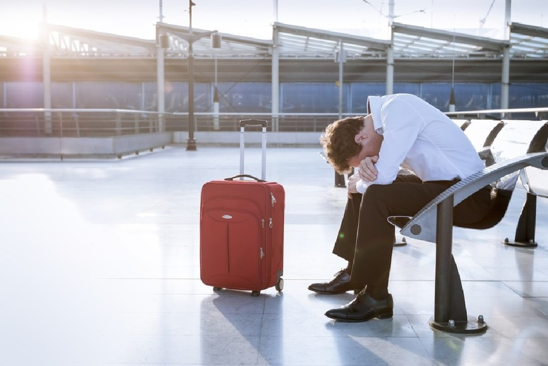 Выезд за границу с долгами: как проверить задолженность, можно ли выехать должнику или при наличии кредита и штрафов