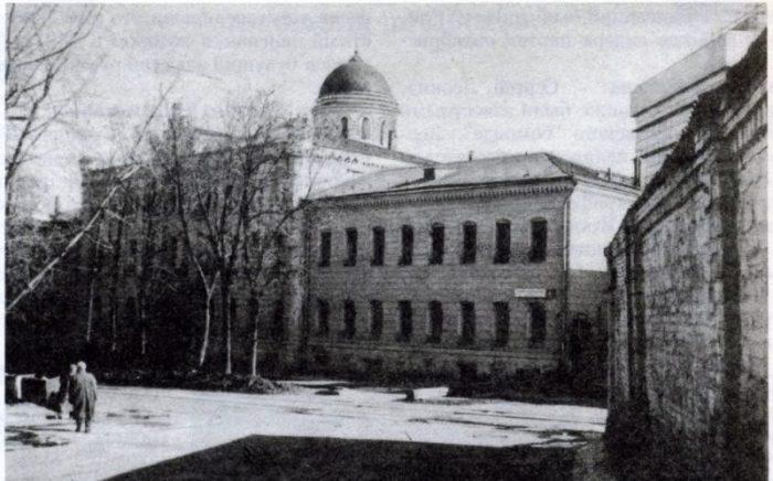 Старое изображение Хлудовской богадельни