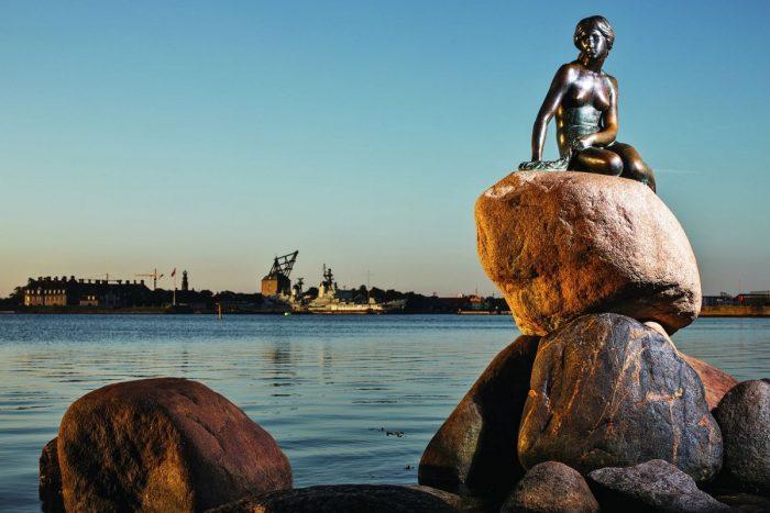 Памятник русалочке