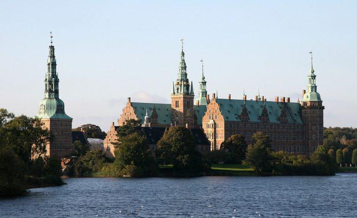 Дворец Фредериксборг (Копенгаген)