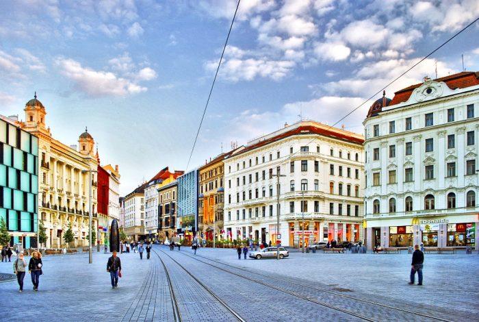 Площадь Свободы в Брно и трамвайные пути