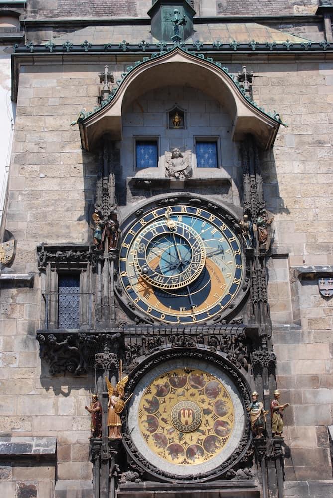 Пражские астрономические часы Орлой