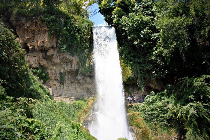 Водопад Каранос