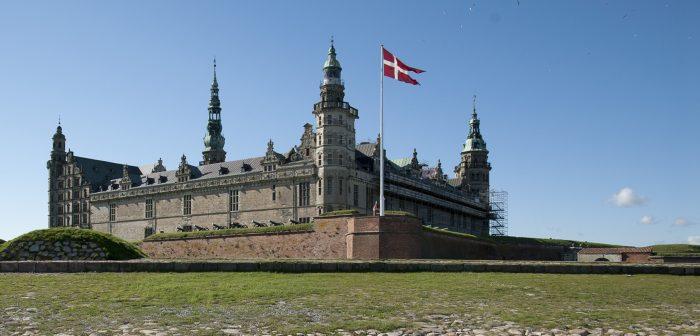 Замок Кронборг (Kronborg Slott) в Дании