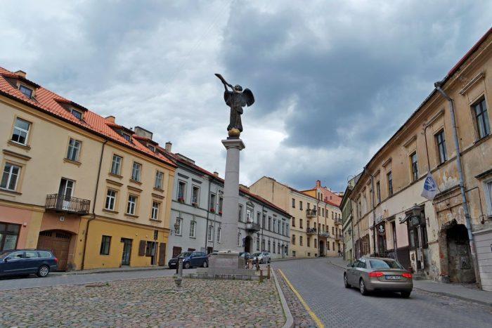 Скульптура Ангела в Ужуписе