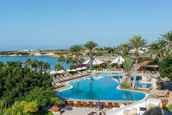 Отель Coral Beach Hotel & Resort