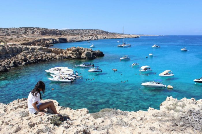 Голубая лагуна на Кипре