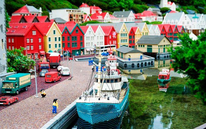 «Леголэнд» в городке Биллунд в Дании