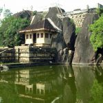 Дворец Исурумуния в Анурадхапуре