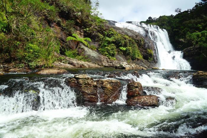 Водопад Бейкера на плато Хортон в Шри-Ланке