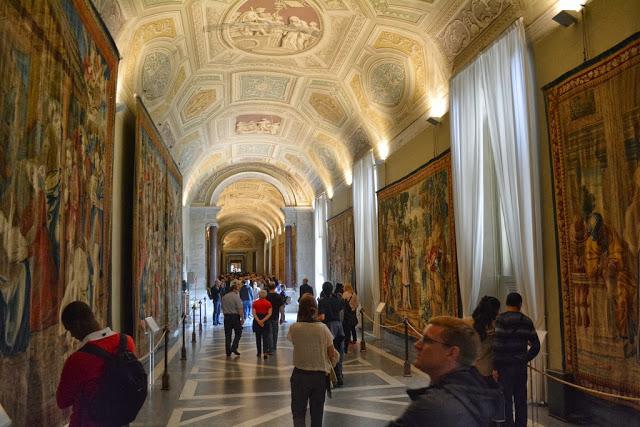 Галерея Арацци Ватикан