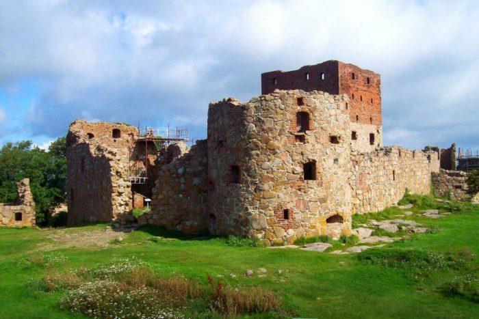 Замок Хаммерсхус на острове Борнхольм