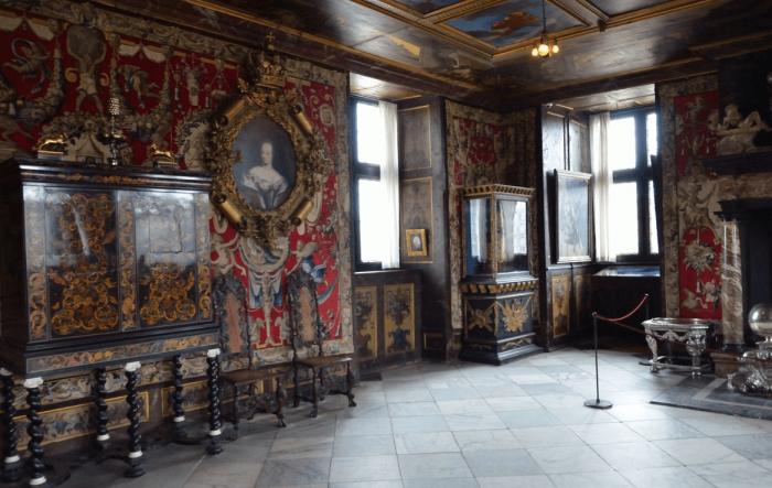 Интерьер замка Розенборг (Rosenborg Slot) в Копенгагене