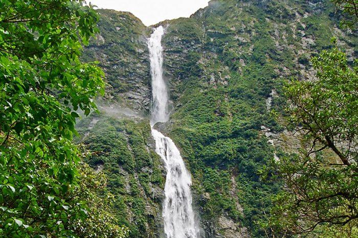 Водопад Сатерленд