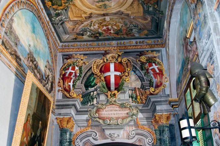 Внутренняя отделка Дворца Великого Магистра