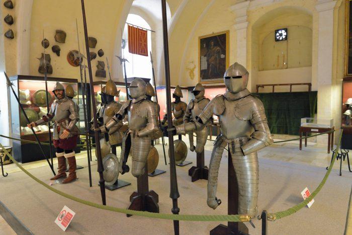 Оружейная палата Дворца