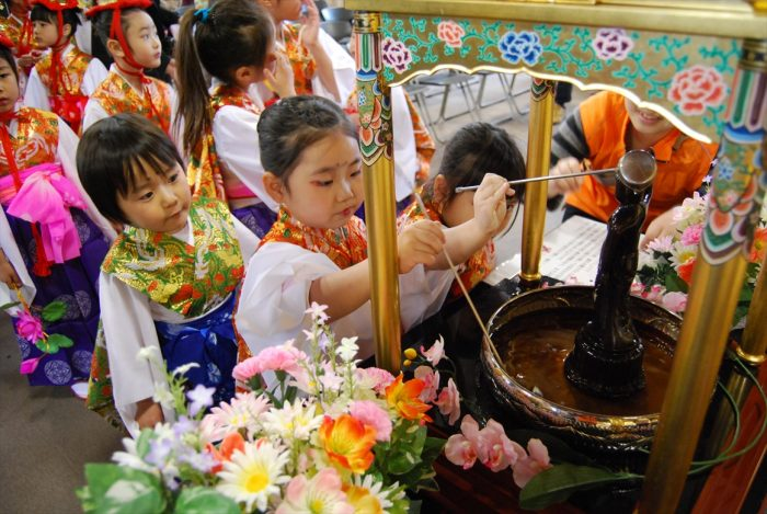 День рождения Будды в Японии