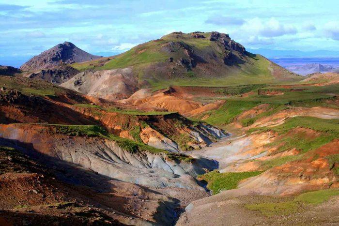 Горы полуострова Рейкьянес в Исландии