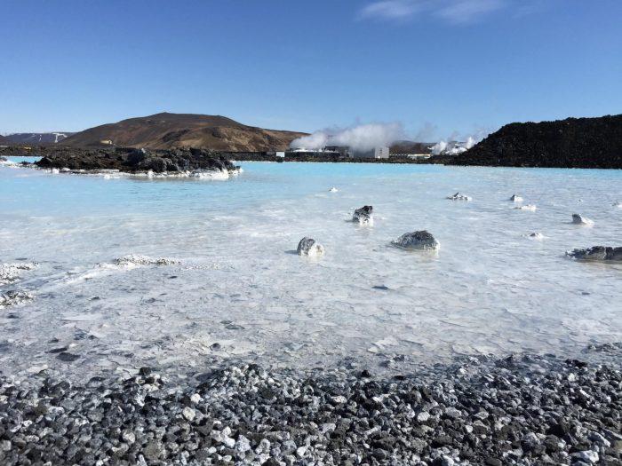 Побережье Голубой Лагуны в Исландии