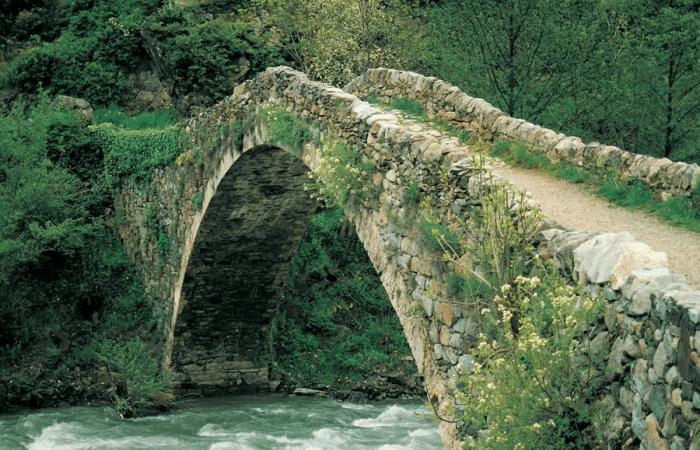 Мост Ла-Маргинеда в Андорре