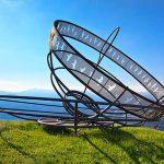 Скульптура «Буря в чашке чая» летом в Андорре