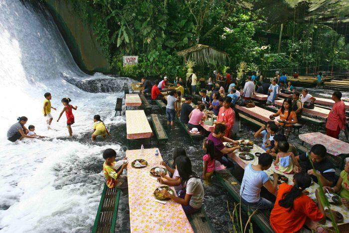 Ресторан на вилле Эскудеру, Филиппины